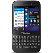 Blackberry Q5 product photo