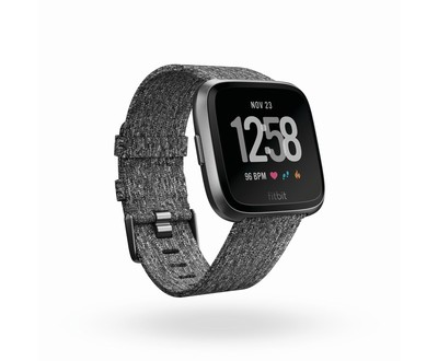 FITBIT FITBIT VERSA -SMARTWATCH S.E. TESSUTO ANTRACITE  Default image